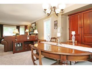 """Photo 5: 21510 83B Avenue in Langley: Walnut Grove House for sale in """"Forest Hills"""" : MLS®# F1442407"""