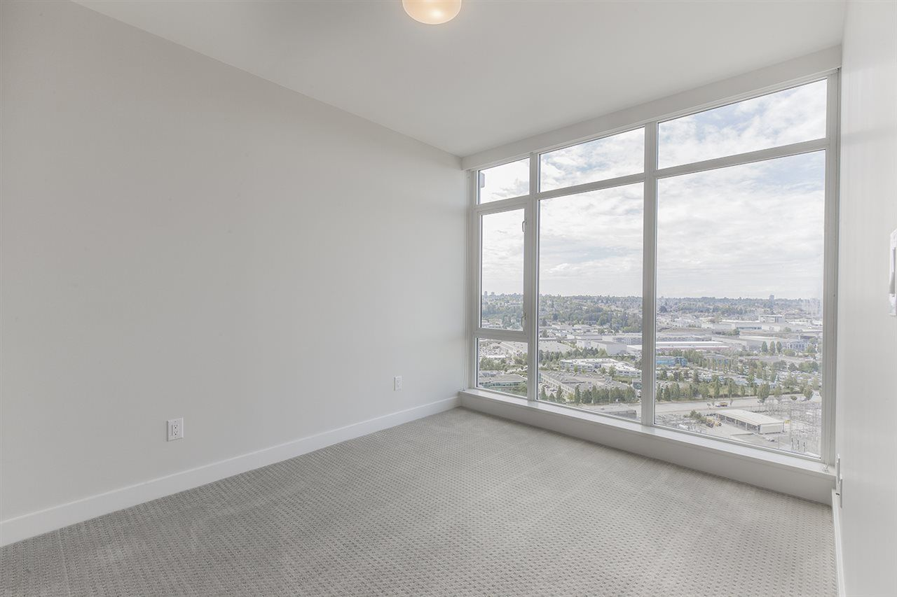 """Photo 10: Photos: 2105 1788 GILMORE Avenue in Burnaby: Brentwood Park Condo for sale in """"Escala"""" (Burnaby North)  : MLS®# R2396907"""