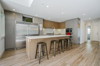Photo 3: 661 E 22ND Street in North Vancouver: Boulevard House for sale : MLS®# R2617971