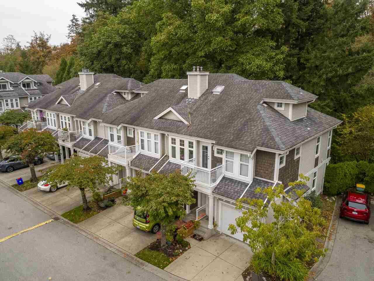 "Main Photo: 39 9036 208 Street in Langley: Walnut Grove Townhouse for sale in ""Hunter's Glen"" : MLS®# R2513931"