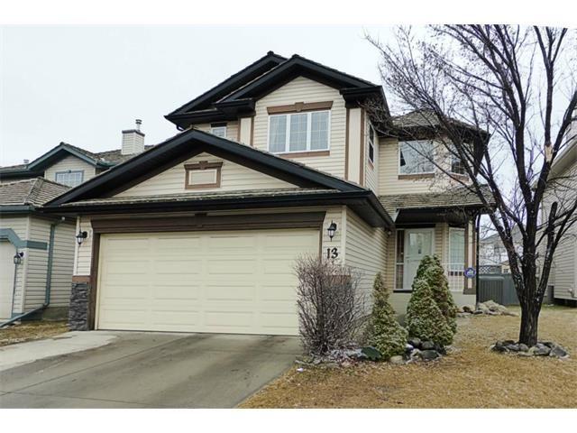 Main Photo: 13 DOUGLAS WOODS Gardens SE in Calgary: Douglasdale Estates House for sale : MLS®# C4003713