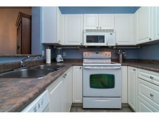 """Photo 9: 416 9979 140TH Street in Surrey: Whalley Condo for sale in """"Whalley"""" (North Surrey)  : MLS®# R2005601"""