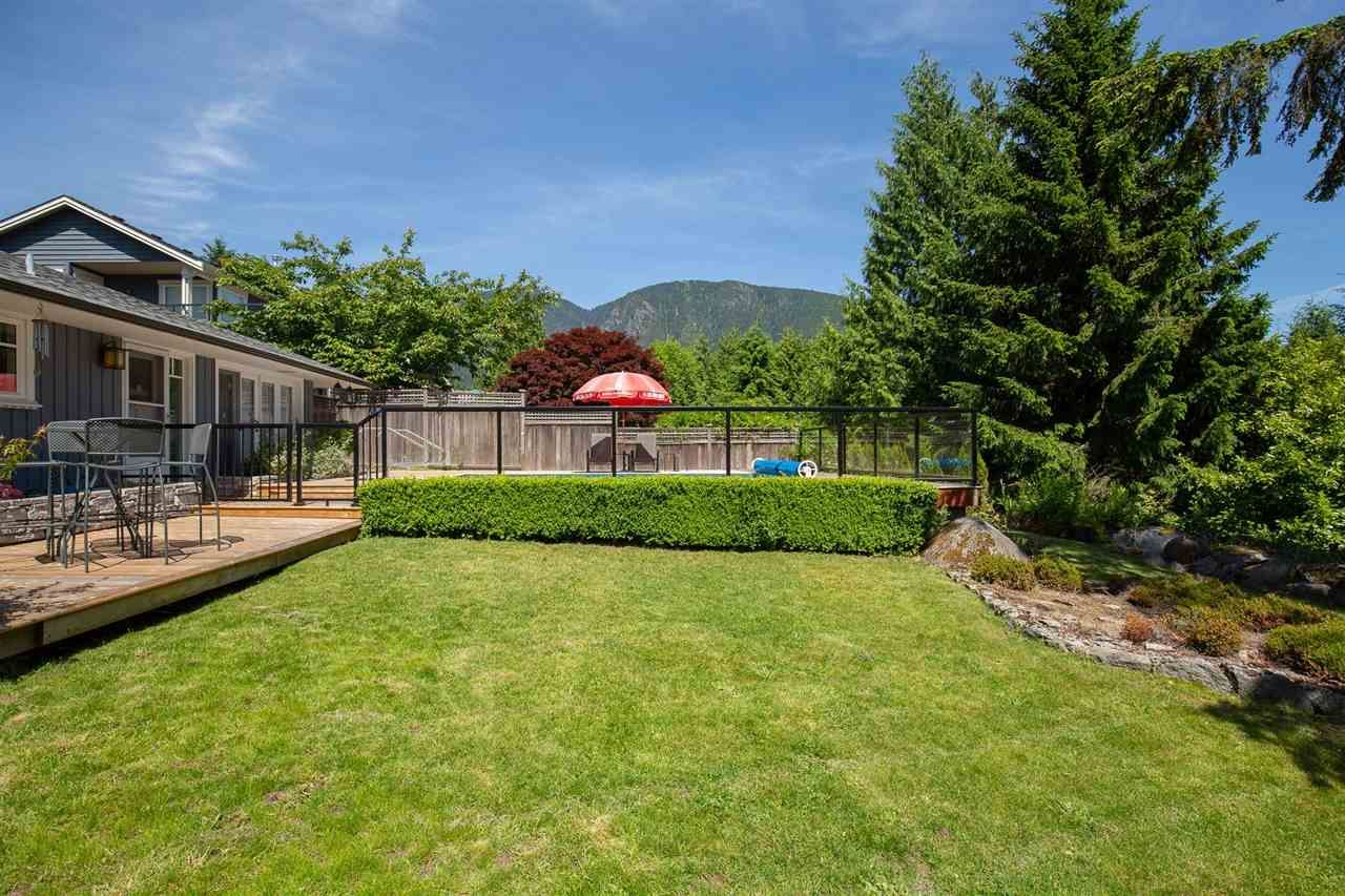 Photo 14: Photos: 80 GLENMORE Drive in West Vancouver: Glenmore House for sale : MLS®# R2468139