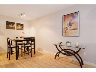 """Photo 5: 103 312 CARNARVON Street in New Westminster: Downtown NW Condo for sale in """"CARNARVON TERRACE"""" : MLS®# V1120708"""
