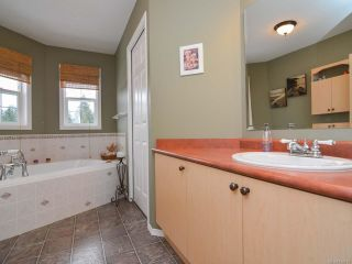 Photo 21: 483 FORESTER Avenue in COMOX: CV Comox (Town of) House for sale (Comox Valley)  : MLS®# 752915