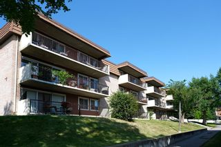 Photo 1: 55C 231 Heritage Drive SE in Calgary: Acadia Apartment for sale : MLS®# A1144362