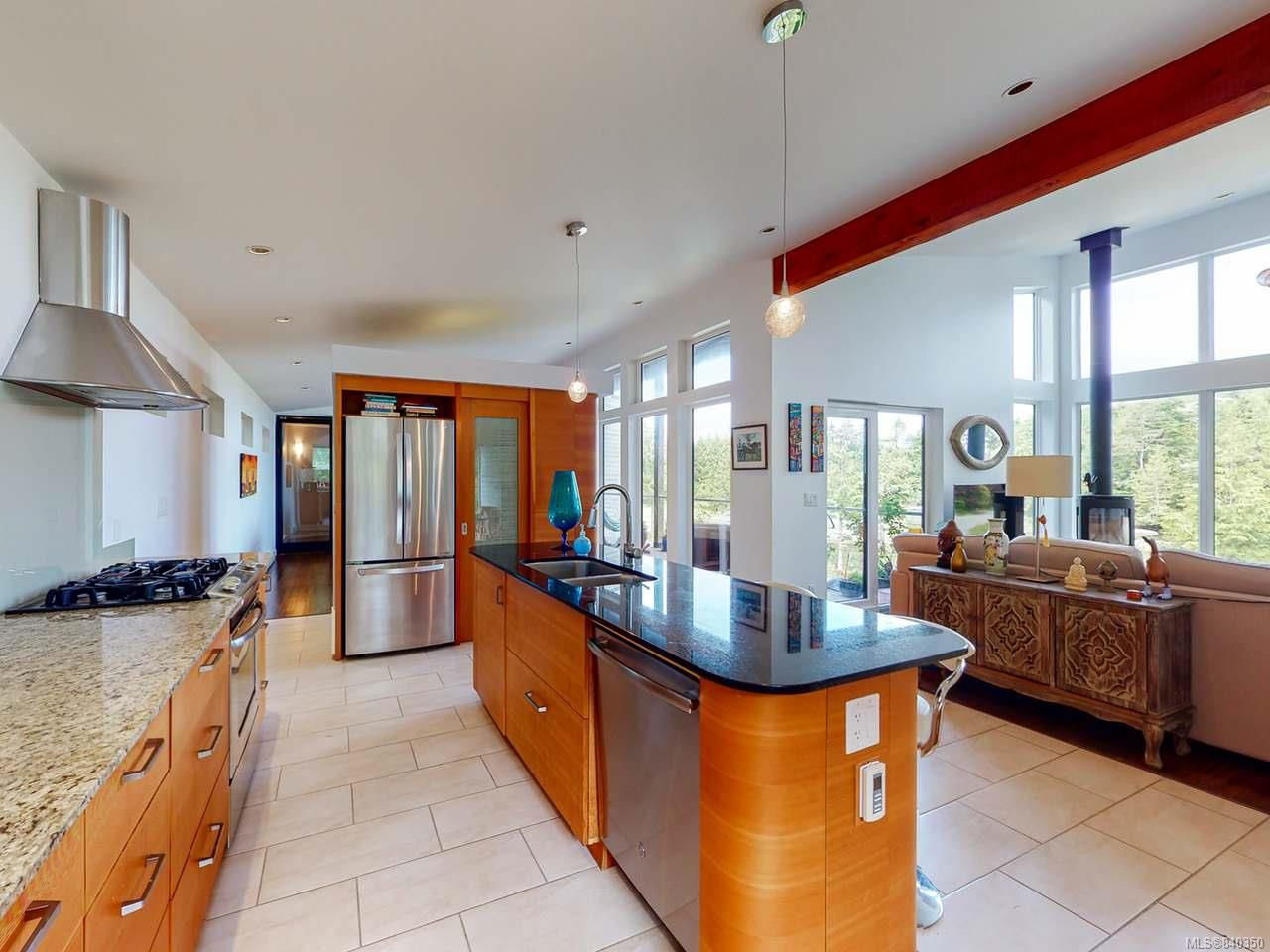 Photo 10: Photos: 1068 Helen Rd in UCLUELET: PA Ucluelet House for sale (Port Alberni)  : MLS®# 840350
