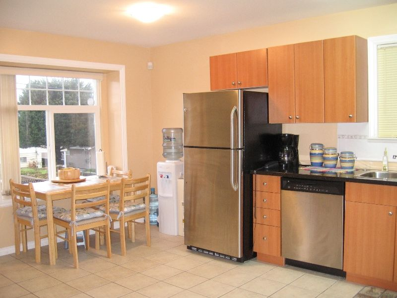 Photo 5: Photos: 5966 WOODSWORTH Street in Burnaby: Central BN 1/2 Duplex for sale (Burnaby North)  : MLS®# V619949