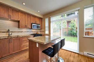 """Photo 3: 40 2929 156 Street in Surrey: Grandview Surrey Townhouse for sale in """"Toccata"""" (South Surrey White Rock)  : MLS®# R2173157"""