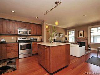 Photo 10: 631 Avalon Rd in VICTORIA: Vi James Bay Half Duplex for sale (Victoria)  : MLS®# 640799