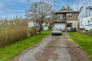 Photo 1: 123 SPRINGFIELD Drive in Langley: Aldergrove Langley House for sale : MLS®# R2563881