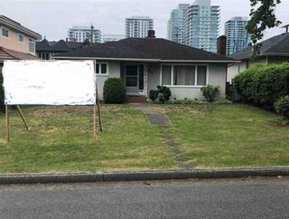 Photo 1: 450 W 62ND Avenue in Vancouver: Marpole House for sale (Vancouver West)  : MLS®# R2546589