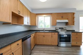 Photo 7: 116 Ginn Avenue in Dominion City: R17 Residential for sale : MLS®# 202120015