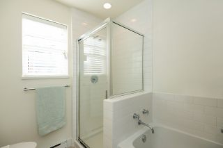 """Photo 22: 2158 W 8TH Avenue in Vancouver: Kitsilano Townhouse for sale in """"Handsdowne Row"""" (Vancouver West)  : MLS®# R2514357"""