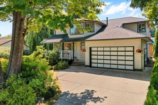 Photo 1: 19950 48A Avenue in Langley: Langley City House for sale : MLS®# R2606185