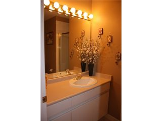 """Photo 33: 411 1199 WESTWOOD Street in Coquitlam: North Coquitlam Condo for sale in """"LAKESIDE TERRACE"""" : MLS®# V842166"""