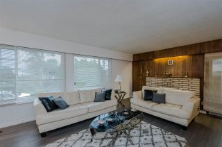 Photo 2: 8071 MINLER Road in Richmond: Woodwards House for sale : MLS®# R2556467