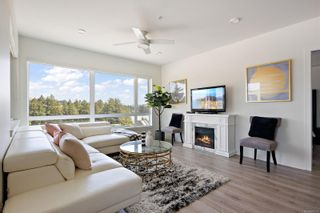 Photo 2: 512 1311 Lakepoint Way in Langford: La Westhills Condo for sale : MLS®# 882235