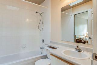 Photo 17: 402 1055 Hillside Ave in : Vi Hillside Condo for sale (Victoria)  : MLS®# 858795
