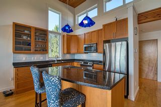 """Photo 12: 6500 WILDFLOWER Place in Sechelt: Sechelt District Townhouse for sale in """"WAKEFIELD BEACH - 2ND WAVE"""" (Sunshine Coast)  : MLS®# R2604222"""