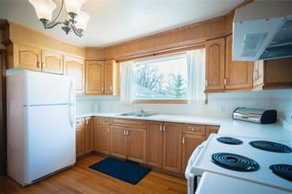 Photo 12: 63 Dickens Drive in Winnipeg: Residential for sale (5G)  : MLS®# 202107088