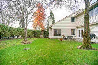 "Photo 18: 6191 E GREENSIDE Drive in Surrey: Cloverdale BC Townhouse for sale in ""GREENSIDE"" (Cloverdale)  : MLS®# R2225594"