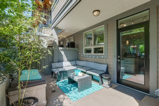 """Photo 6: 764 E 29TH Avenue in Vancouver: Fraser VE Townhouse for sale in """"CENTURY- THE SIGNATURE COLLECTION"""" (Vancouver East)  : MLS®# R2243463"""