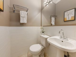 Photo 12: 212 15 Street NW in Calgary: Hillhurst Detached for sale : MLS®# C4299605