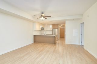 Photo 5: 307 26 E ROYAL Avenue in New Westminster: Fraserview NW Condo for sale : MLS®# R2529261