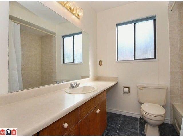 "Photo 7: Photos: 12565 20TH Avenue in Surrey: Crescent Bch Ocean Pk. House for sale in ""OCEAN CLIFF ESTATES"" (South Surrey White Rock)  : MLS®# F1107875"