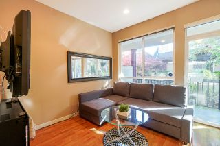 Photo 5: 11 16772 61 Avenue in Surrey: Cloverdale BC Townhouse for sale (Cloverdale)  : MLS®# R2427657