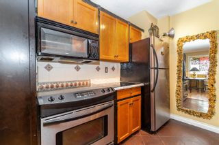 """Photo 4: 9 46085 GORE Avenue in Chilliwack: Chilliwack E Young-Yale Townhouse for sale in """"Sherwood Gardens"""" : MLS®# R2621838"""