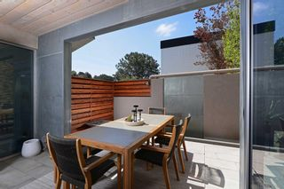 Photo 8: MISSION HILLS House for sale : 2 bedrooms : 530 Otsego Dr in San Diego