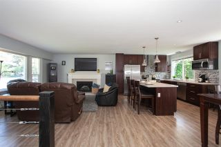 """Photo 3: 19944 36A Avenue in Langley: Brookswood Langley House for sale in """"Brookswood"""" : MLS®# R2283997"""
