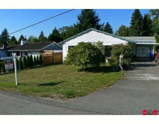 Main Photo: 18089 59TH Avenue in Surrey: Cloverdale BC House for sale (Cloverdale)  : MLS®# F2826972