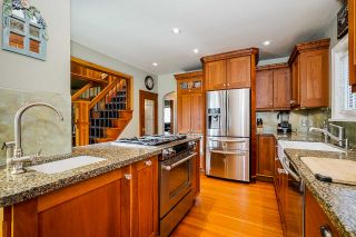 """Photo 13: 412 EIGHTH Avenue in New Westminster: GlenBrooke North House for sale in """"GlenBrook North"""" : MLS®# R2555470"""