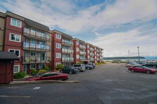 Photo 1: 205 872 S Island Hwy in Campbell River: CR Campbell River Central Condo for sale : MLS®# 887750