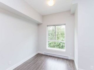 "Photo 3: 501 2362 WHYTE Avenue in Port Coquitlam: Central Pt Coquitlam Condo for sale in ""AQUILA"" : MLS®# R2179817"