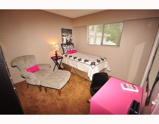 """Photo 8: 1956 MARY HILL Road in Port Coquitlam: Mary Hill House for sale in """"Mary Hill"""" : MLS®# V776779"""