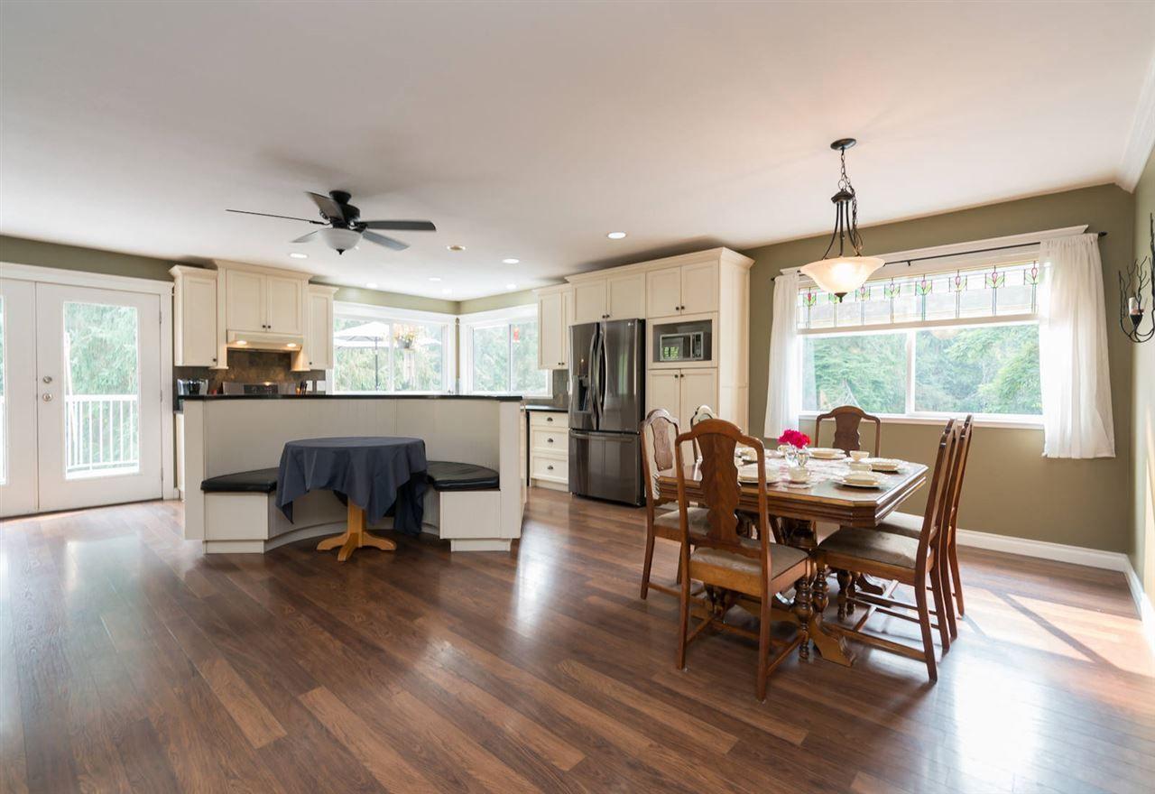 "Photo 11: Photos: 28258 MYRTLE Avenue in Abbotsford: Bradner House for sale in ""BRADNER"" : MLS®# R2456494"