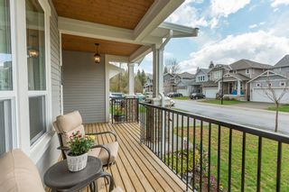"""Photo 2: 24409 113A Avenue in Maple Ridge: Cottonwood MR House for sale in """"MONTGOMERY ACRES"""" : MLS®# R2156009"""