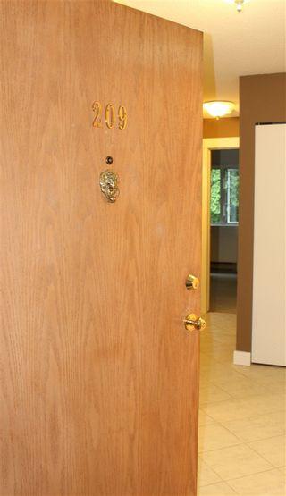 "Photo 3: 209 7175 134 Street in Surrey: West Newton Condo for sale in ""Sherwood Manor"" : MLS®# R2177408"