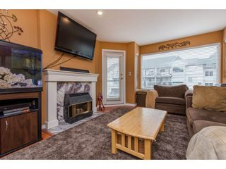 Photo 3: 302 33668 KING ROAD in Abbotsford: Poplar Condo for sale : MLS®# R2255754