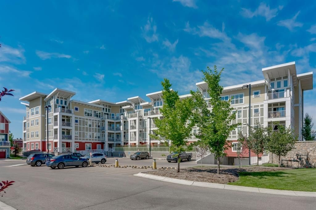 Main Photo: 404 402 Marquis Lane SE in Calgary: Mahogany Apartment for sale : MLS®# A1131322