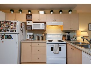 """Photo 29: 1424 BISHOP Road: White Rock House for sale in """"WHITE ROCK"""" (South Surrey White Rock)  : MLS®# R2540796"""