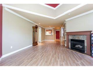 Photo 12: 308 15342 20 AVENUE in Surrey: King George Corridor Condo for sale (South Surrey White Rock)  : MLS®# R2005987