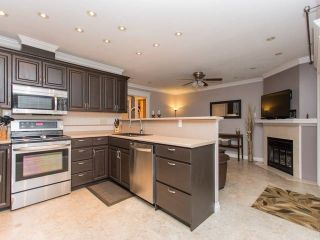 """Photo 12: 113 11266 72 Avenue in Delta: Scottsdale Townhouse for sale in """"CANYON POINTE"""" (N. Delta)  : MLS®# R2023969"""