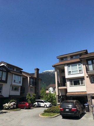 """Photo 3: 2 1261 MAIN Street in Squamish: Downtown SQ 1/2 Duplex for sale in """"SKYE"""" : MLS®# R2226107"""