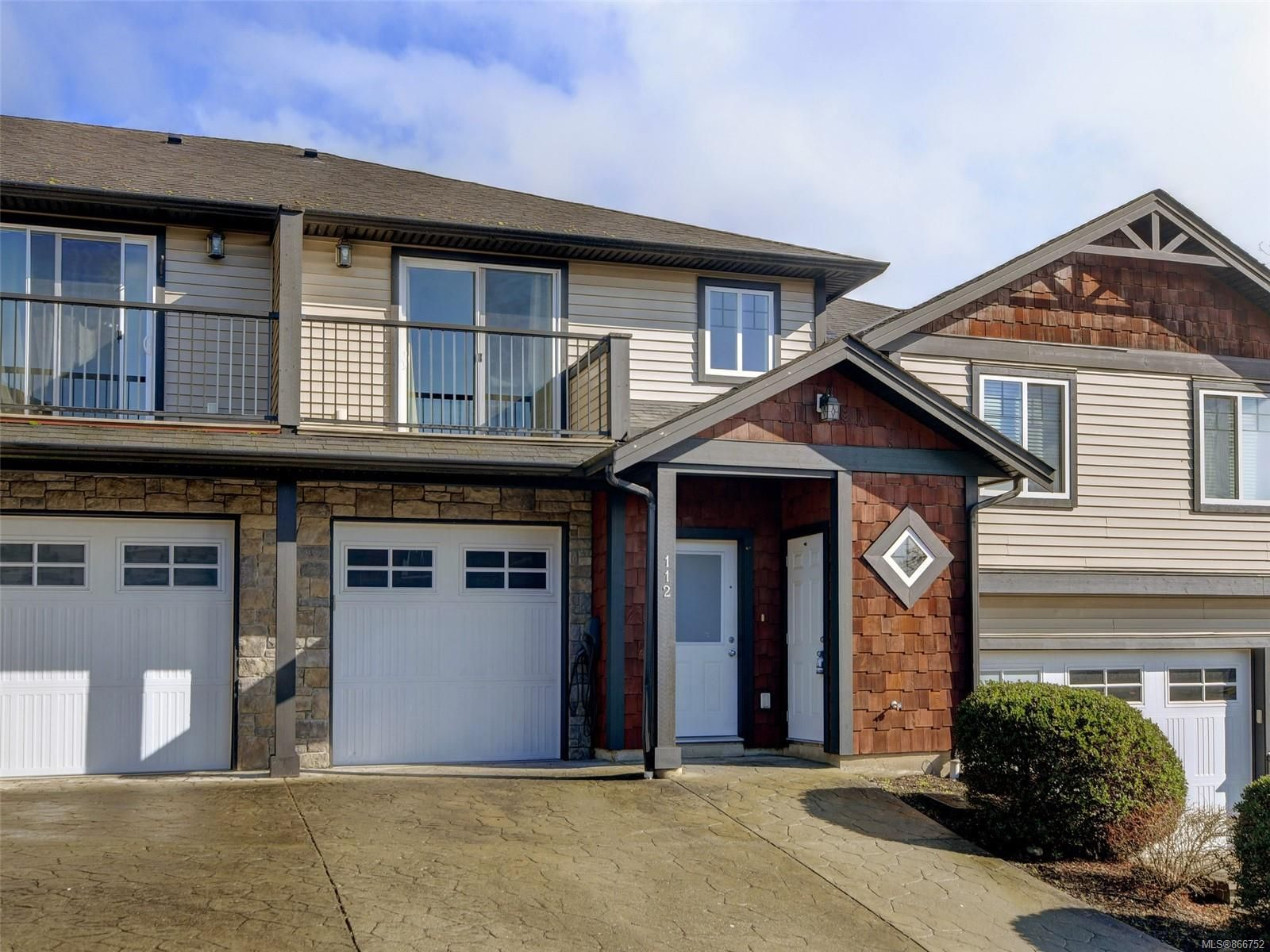 Main Photo: 112 6838 W Grant Rd in : Sk Broomhill Row/Townhouse for sale (Sooke)  : MLS®# 866752