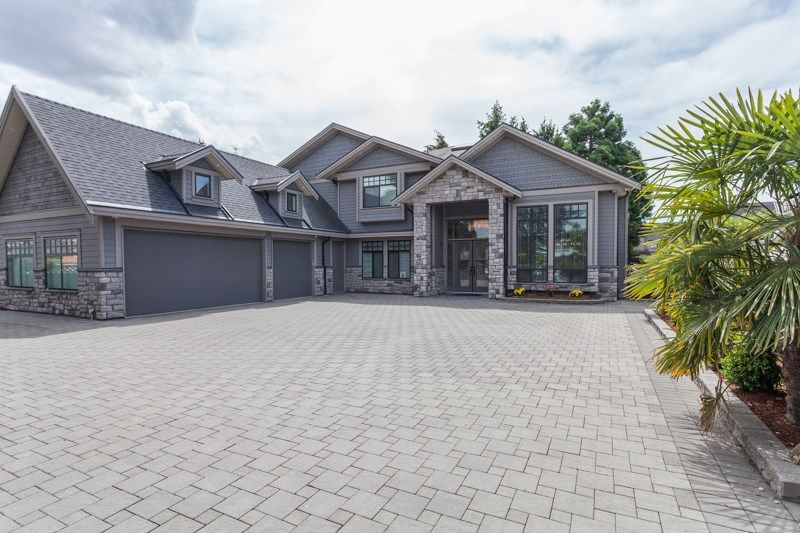 Main Photo: 11760 MELLIS Drive in Richmond: East Cambie House for sale : MLS®# R2077561